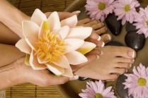 cosmetics-zone-manicure-pedicure.jpg